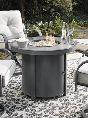 Donnalee fire table.jpg